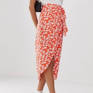 NWT Wrap skirt